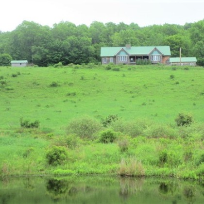 2 Homes, Barn, Stream, Ponds, and 170 +/- Acres!