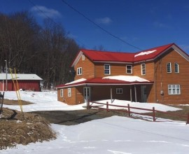 H69 -  CUTE FARMHOUSE ON OVER 3 ACRES