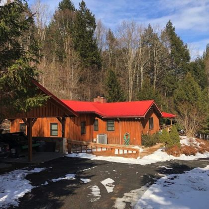 H15 -Unique country getaway or year round residence for the whole family.