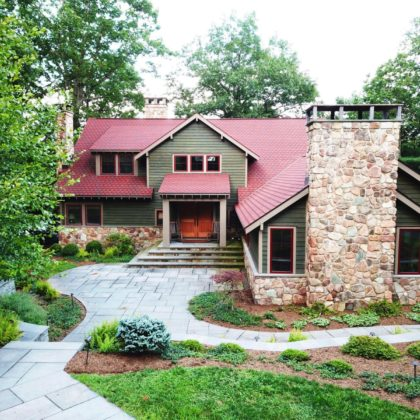 H69 -SPECTACULAR LAKEFRONT on PRISTINE FAIRVIEW LAKE!